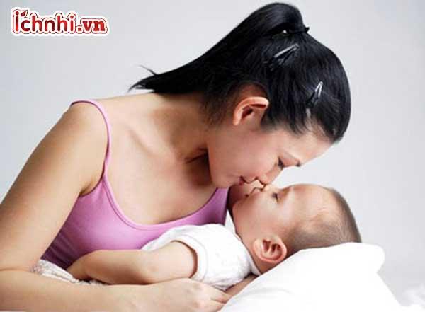 Cách xử lý khi trẻ bị sốt và tiêu chảy