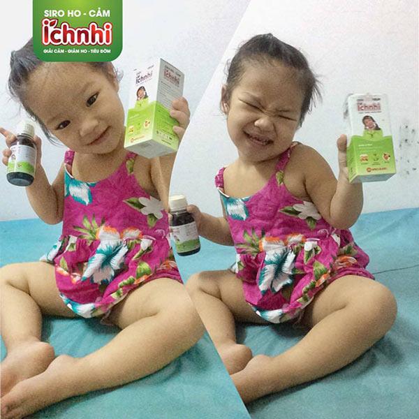 Mẹ Lan Phương chia sẻ mẹo trị sổ mũi cho 2 bé song sinh 5 tuần tuổi1