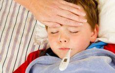 Bác sĩ nhi khoa chia sẻ cách hạ sốt cho bé nhanh nhất tại nhà3