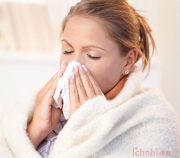 Bà bầu bị cảm lạnh phải làm sao? Điều trị thế nào hiệu quả 1