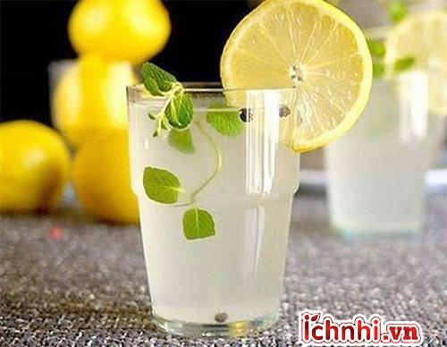Nước chanh là cách chữa trị sổ mũi khi mang thai ưu việt