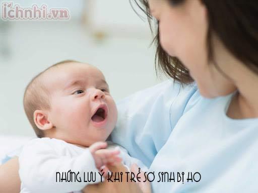 Những lưu ý khi trẻ sơ sinh bị ho mẹ cần nắm rõ khi cần