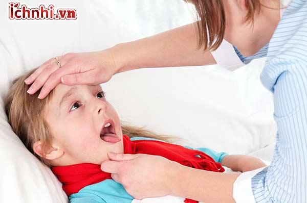 Trẻ bị ho khàn tiếng phải làm sao? + Cách chữa hiệu quả1