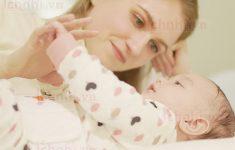 Những việc cần làm ngay lập tức khi có dấu hiệu trẻ sơ sinh bị sốt3