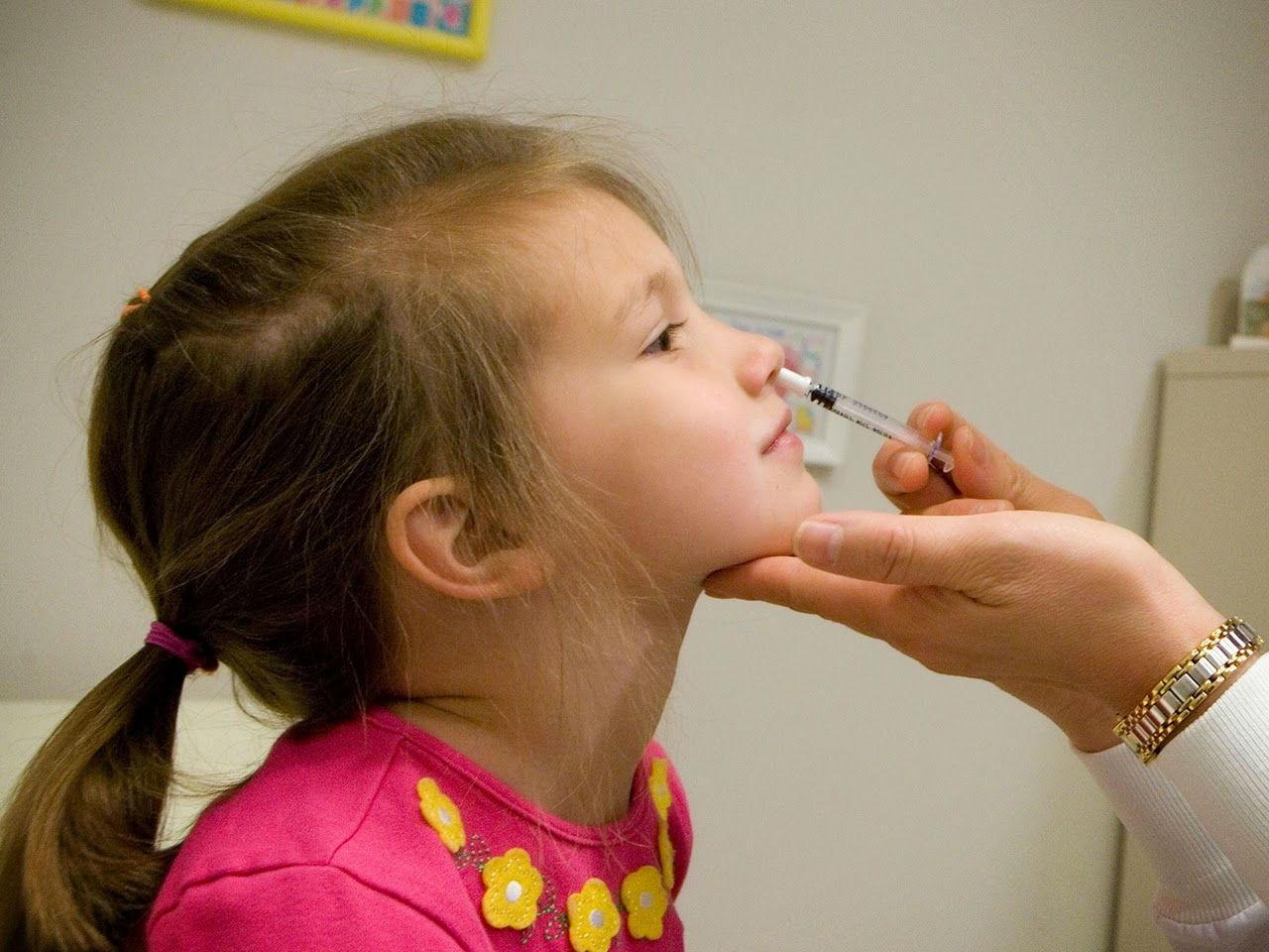 rửa mũi quá nhiều khiến trẻ em bị sổ mũi