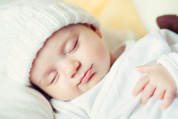 trẻ 8 tháng tuổ bị sổ mũi