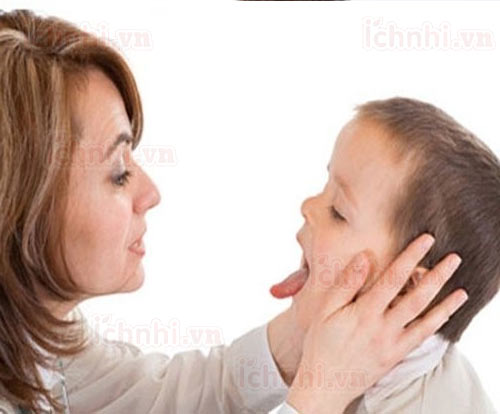 Dấu hiệu và cách điều trị bệnh viêm mũi họng cấp ở trẻ em1