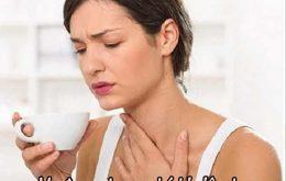 Mẹ đang cho con bú bị viêm họng cần làm gì?1