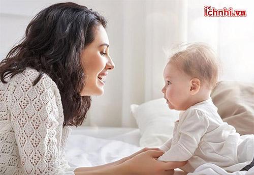 Mức độ nguy hiểm của trẻ 4 tháng tuổi bị sốt
