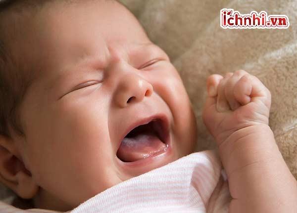 Nguyên nhân, +Cách hạ sốt trẻ 6 tháng tuổi bị sốt 38 độ2