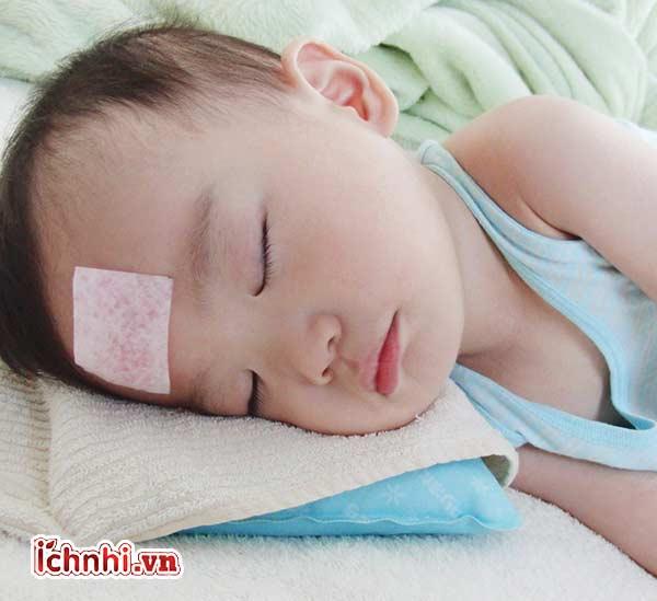 Nguyên nhân, +Cách hạ sốt trẻ 6 tháng tuổi bị sốt 38 độ1