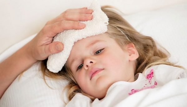 Trẻ bị cảm
