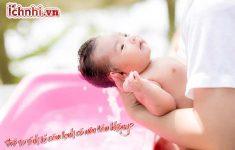 Trẻ sơ sinh bị cảm lạnh có nên tắm không? Kinh nghiệm cho mẹ3