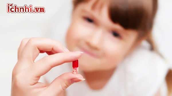 Nguy hại khi lạm dụng kháng sinh ở trẻ các mẹ nên biết1