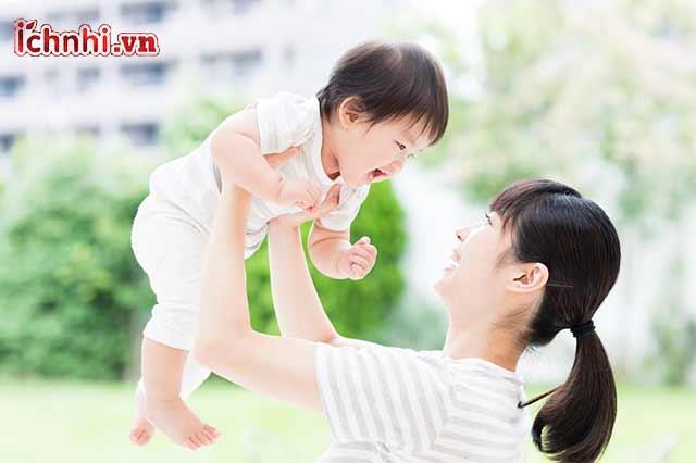 Cách chăm sóc trẻ khi bị sổ mũi, ho, cảm từ chuyên gia2