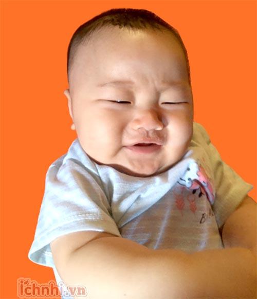 Vì sao trẻ sơ sinh bị nghẹt mũi ?