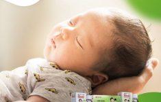 Trẻ sơ sinh bị ho và nghẹt mũi do ngủ điều hòa, mẹ cần làm gì?3