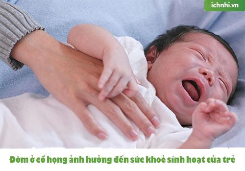 Mách mẹ cách trị đờm ở cổ họng cho trẻ sơ sinh